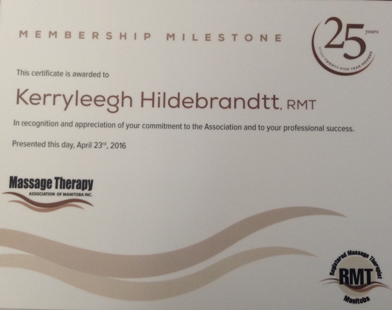 Kerryleegh k Hildebrandtt RMT is celebrating 30 years of private practice in 2017